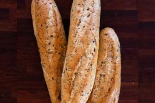 artisan-seeded-half-baquette-par-baked